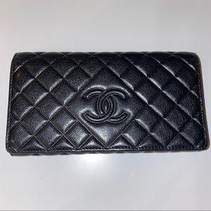 EUC Chanel Diamond CC Black Calfskin Clutch Wallet